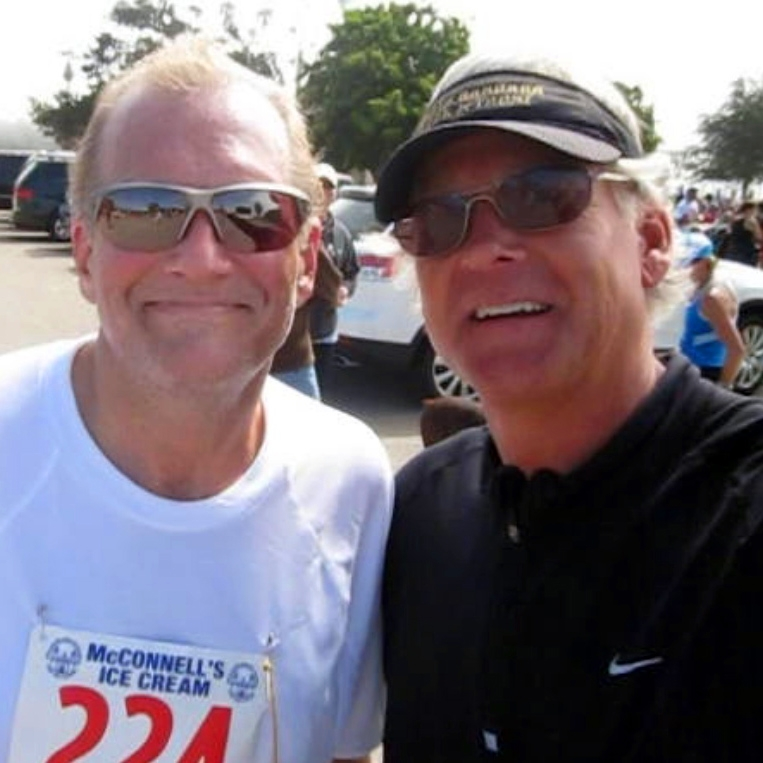 "TV Entertainer Drew Carey scores ""Monday material"" with Presidio Sports columinst Randy Weiss."