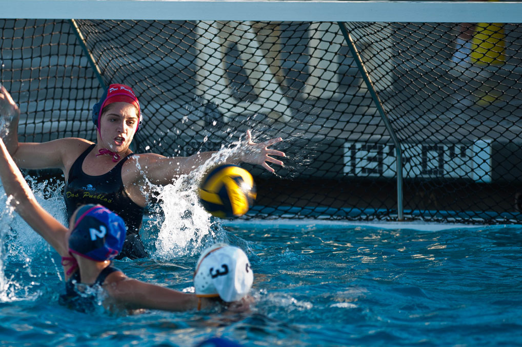 DP_Girls_Waterpolo_Frame