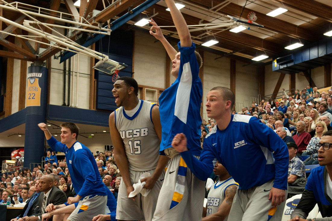 The UCSB bench erupts after a 3-pointer by Orlando Johnson. (Vince Agapito Photos)