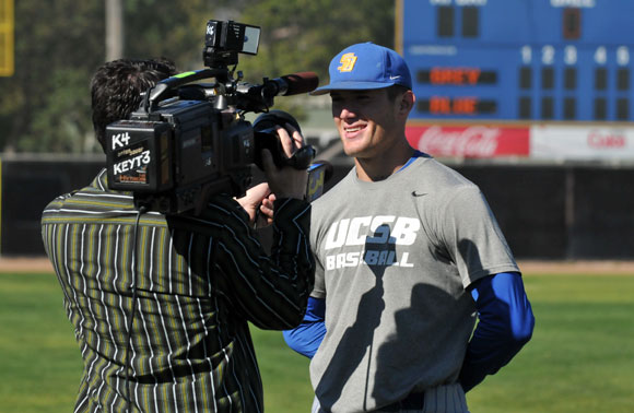Vedo interview Checketts, Vedo ready to go for Gauchos