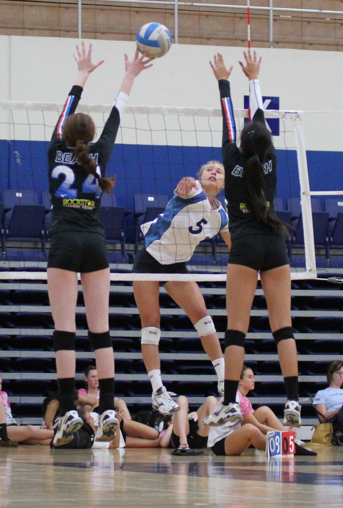 Emily Allen of the Santa Barbara VC's 15-Smack hits through the block during a match at the SCVA's Regional Championships. (Photo by Steve Goss)