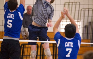 Colton Johnson led Laguna Blanca with 10 kills. (Photo by Brad Elliott)